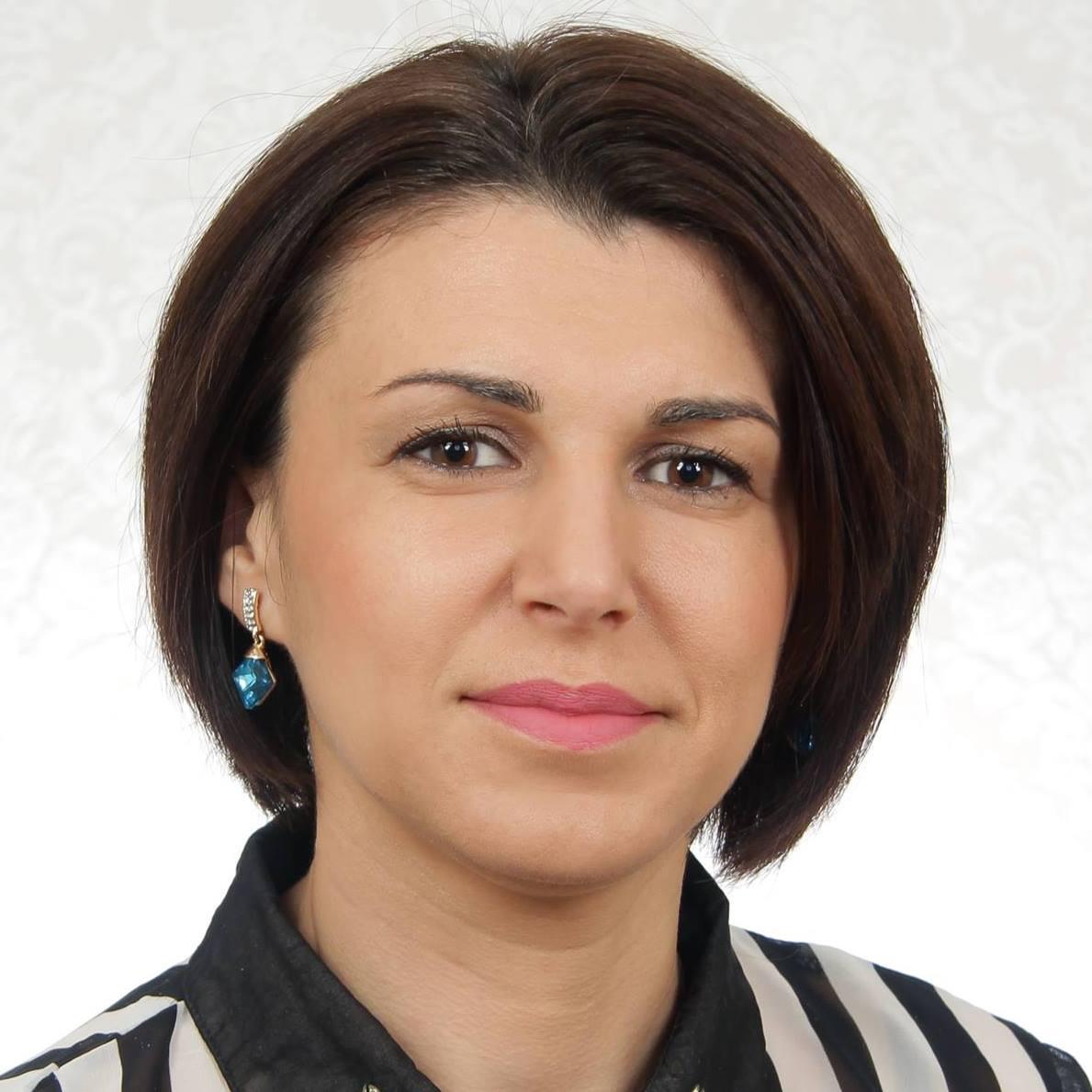 Елена Кабранова